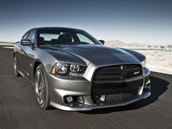 Dodge Charger SRT8 (2011–н.в.)