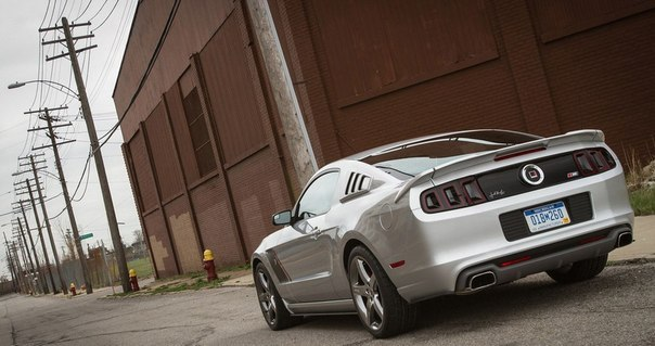 Roush 2013 Ford Mustang