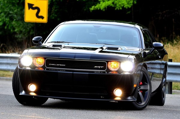 Dodge Challenger SRT8 Pitch Black уйдет с молотка