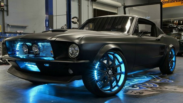 "1967 Ford Mustang ""Microsoft"" от West Coast Customs"