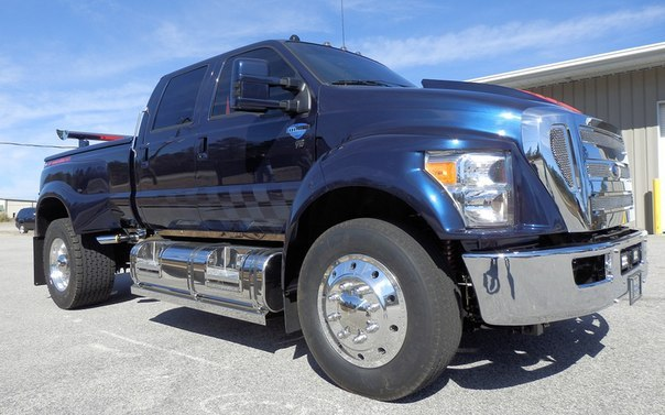 Ford F-650.