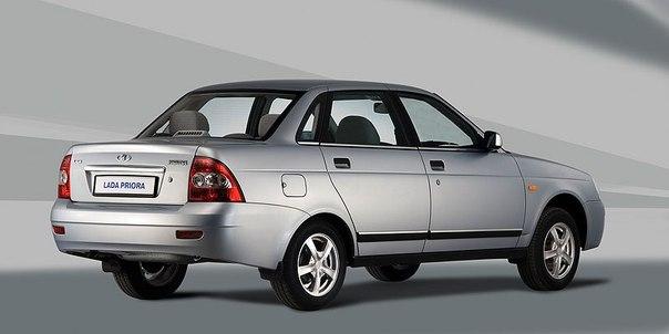 Review priora sedan