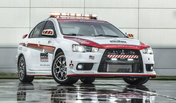 2014 Mitsubishi Lancer Evolution & Outlander Safety Cars of Pikes Peak