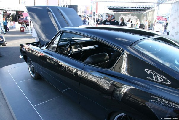 1967 Plymouth Barracuda West Coast Customs