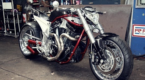 Yamaha MT-01 Barbarian